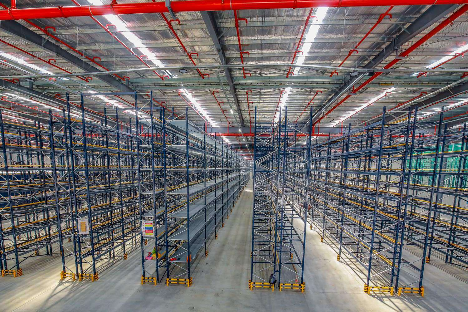 Selective pallet racking-2
