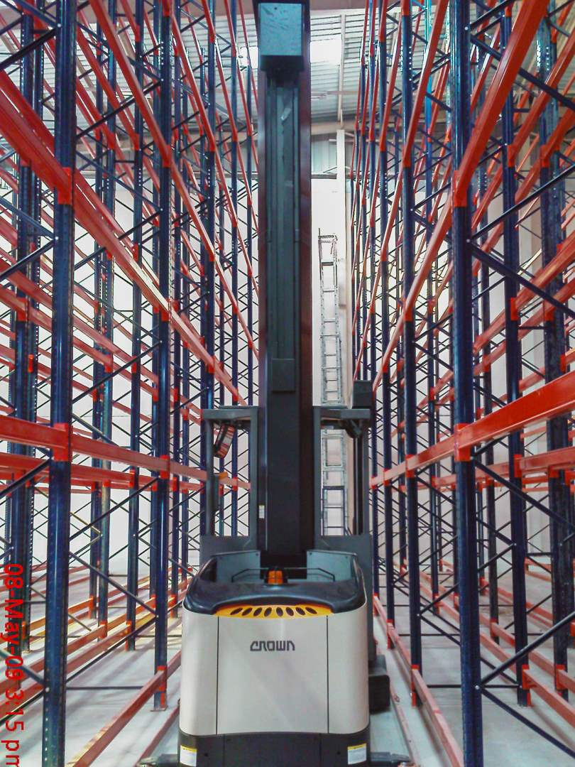 Very Narrow Ailse racking